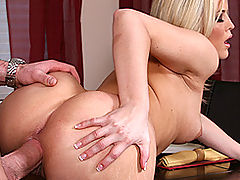 Busty Lesbian, Brazzers Video Cookin it Up With Alexis Texas