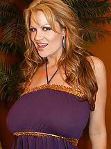 Bouncing Boobs, Kelly Madison gets a cream pie!