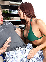 Naughty America, Lucky guy cools off with his friends hot mom