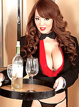 nice cleavage, Happy New Year With Hitomi