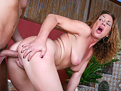 Milf Vids: Will Powers & Alex Nevada in Fucking Hot Moms