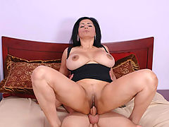 Busty Movies, Tiana Rose & Scott in Fucking Hot Moms