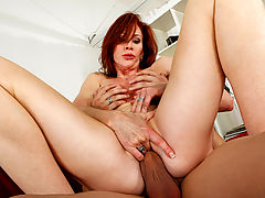 Milf Vids: Catherine de Sade & Xander Corvus in Fucking Hot Moms