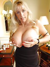 Busty Housewives, Houswife whith Super Huge Tits in china