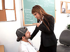 Bigtits Officesex, Jenla Moore & Kris Slater as Sexy Teacher