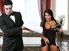 Bouncing Boobs, Brazzers Videos Wet Boobies On A Blind Date