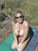Busty Housewives, Houswife whith Super Huge Tits Sand Popper Picnic